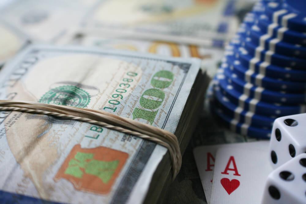 オンラインカジノは一時所得として税金が発生する